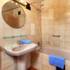 Отель Sant Carles Льянса ванная фото 2