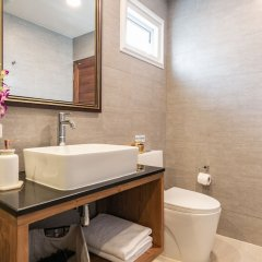 Отель Maneeya Park Residence Бангкок ванная фото 2