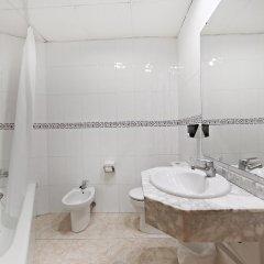 Отель Marconfort Griego Hotel - Все включено Испания, Торремолинос - отзывы, цены и фото номеров - забронировать отель Marconfort Griego Hotel - Все включено онлайн ванная