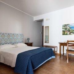 Отель Il Casale B&B Поццалло комната для гостей фото 3
