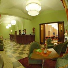 Ea Hotel Downtown Прага гостиничный бар