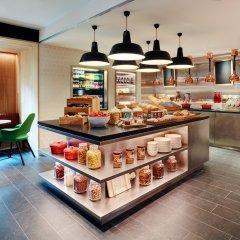 Отель citizenM Amstel Amsterdam Нидерланды, Амстердам - отзывы, цены и фото номеров - забронировать отель citizenM Amstel Amsterdam онлайн питание