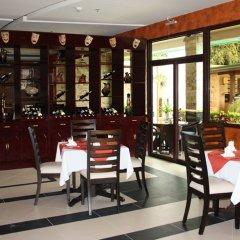 Отель Queens Hotel Филиппины, Пампанга - отзывы, цены и фото номеров - забронировать отель Queens Hotel онлайн питание