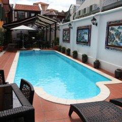 Отель Yeng Keng Hotel Малайзия, Пенанг - отзывы, цены и фото номеров - забронировать отель Yeng Keng Hotel онлайн бассейн