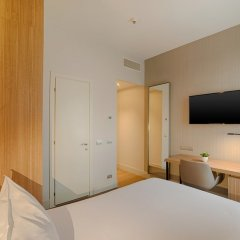 Отель NH Bologna De La Gare Италия, Болонья - 2 отзыва об отеле, цены и фото номеров - забронировать отель NH Bologna De La Gare онлайн удобства в номере