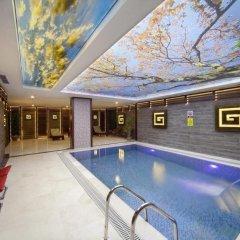 Grand Hotel de Pera бассейн