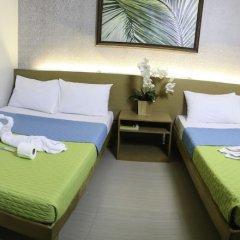 Отель Makati International Inns Филиппины, Макати - 1 отзыв об отеле, цены и фото номеров - забронировать отель Makati International Inns онлайн балкон