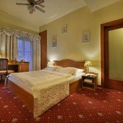 Отель U Tri Pstrosu Прага комната для гостей
