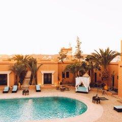Отель Oscar Hotel by Atlas Studios Марокко, Уарзазат - отзывы, цены и фото номеров - забронировать отель Oscar Hotel by Atlas Studios онлайн бассейн