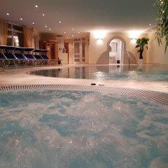 Отель Kronhof Италия, Горнолыжный курорт Ортлер - отзывы, цены и фото номеров - забронировать отель Kronhof онлайн бассейн фото 2