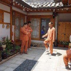 Отель Dowonjeong Healing House Южная Корея, Сеул - отзывы, цены и фото номеров - забронировать отель Dowonjeong Healing House онлайн интерьер отеля фото 2