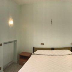 Отель Casa Nostra Signora сейф в номере