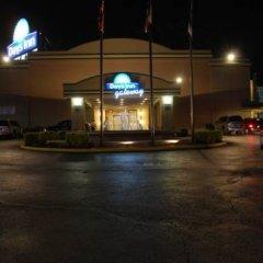 Отель Days Inn by Wyndham Washington DC/Gateway парковка