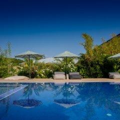 Mo Hotel бассейн