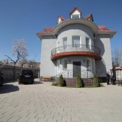 Отель Кербен Палас Бишкек Кыргызстан, Бишкек - отзывы, цены и фото номеров - забронировать отель Кербен Палас Бишкек онлайн парковка