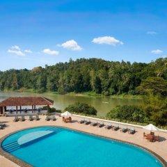 Отель Cinnamon Citadel Kandy бассейн фото 2