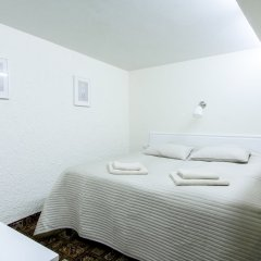 Отель Real House бассейн