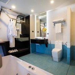 Отель Blue Boat Design Hotel Таиланд, Паттайя - отзывы, цены и фото номеров - забронировать отель Blue Boat Design Hotel онлайн ванная