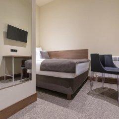 Гостиница Gregory Urban комната для гостей фото 3