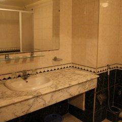 Отель Hôtel Casablanca Марокко, Касабланка - отзывы, цены и фото номеров - забронировать отель Hôtel Casablanca онлайн ванная