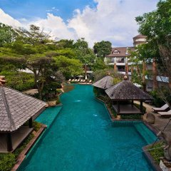 Woodlands Hotel & Resort Паттайя бассейн