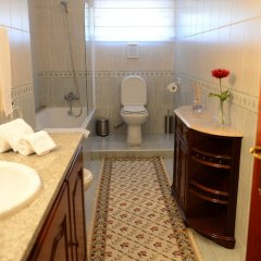 Отель AboimHouse Португалия, Амаранте - отзывы, цены и фото номеров - забронировать отель AboimHouse онлайн ванная фото 2