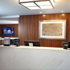 Отель The District by Hilton Club интерьер отеля фото 2