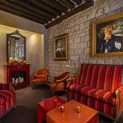 Отель Hôtel Saint Paul Rive Gauche развлечения