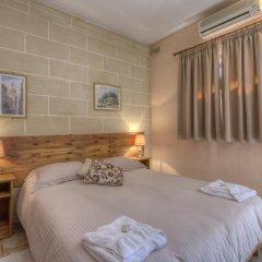 Отель Green Grove Guest House комната для гостей