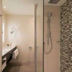 Отель Hilton Garden Inn Munich City Centre West, Germany ванная фото 2