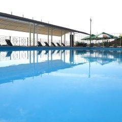 Гостиница Гранд Отрада бассейн
