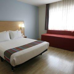 Отель Travelodge Madrid Torrelaguna комната для гостей фото 3