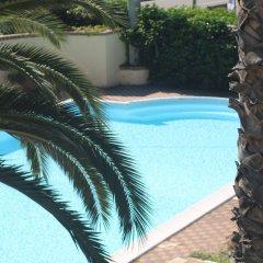 Отель Marinella Италия, Пиццо - отзывы, цены и фото номеров - забронировать отель Marinella онлайн бассейн фото 3