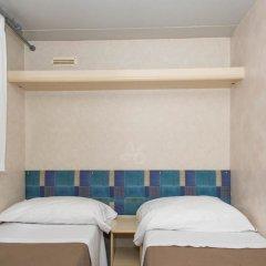 Отель Happy Village & Camping Рим сейф в номере