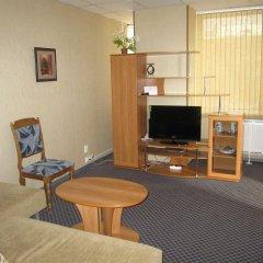 Гостиница Бизнес Отель в Самаре 4 отзыва об отеле, цены и фото номеров - забронировать гостиницу Бизнес Отель онлайн Самара комната для гостей