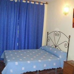 Отель Hostal Nevot комната для гостей