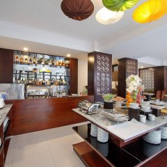 Vinh Hung 2 City Hotel питание фото 3