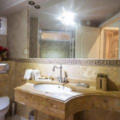Апартаменты Alaia Holidays Apartments & Suite Carretas 33 ванная