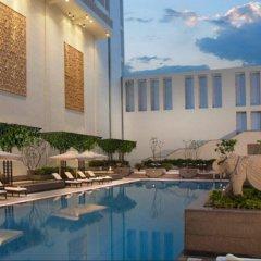 Jaipur Marriott Hotel бассейн