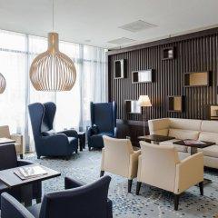 Отель Hampton by Hilton Amsterdam Airport Schiphol интерьер отеля