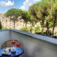 Отель Ristorante Vittoria Италия, Помпеи - 1 отзыв об отеле, цены и фото номеров - забронировать отель Ristorante Vittoria онлайн балкон