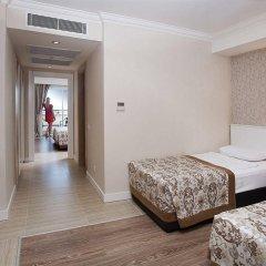 Crystal Sunset Luxury Resort & Spa Турция, Сиде - 1 отзыв об отеле, цены и фото номеров - забронировать отель Crystal Sunset Luxury Resort & Spa - All Inclusive онлайн комната для гостей фото 3