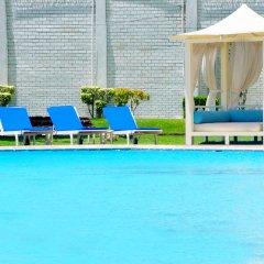 Отель Hilton Colombo Шри-Ланка, Коломбо - отзывы, цены и фото номеров - забронировать отель Hilton Colombo онлайн бассейн фото 3