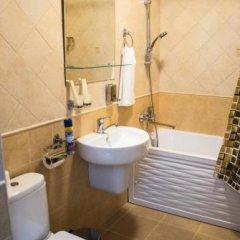 Гостиница Sanatoriy Princess Mary в Железноводске отзывы, цены и фото номеров - забронировать гостиницу Sanatoriy Princess Mary онлайн Железноводск ванная