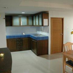 Апартаменты Suvarnabhumi Apartment в номере