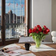 Отель Apartinfo Szafarnia Apartments Польша, Гданьск - отзывы, цены и фото номеров - забронировать отель Apartinfo Szafarnia Apartments онлайн интерьер отеля