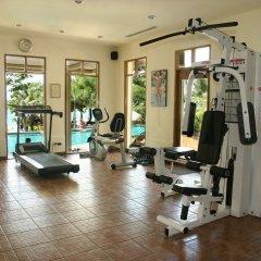 Отель Andaman White Beach Resort фитнесс-зал фото 2
