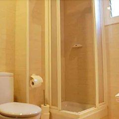 Отель Pensión Segre Испания, Барселона - 2 отзыва об отеле, цены и фото номеров - забронировать отель Pensión Segre онлайн ванная