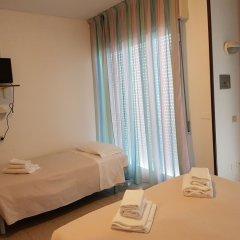 Отель Ceccarini 9 Италия, Риччоне - отзывы, цены и фото номеров - забронировать отель Ceccarini 9 онлайн комната для гостей фото 3