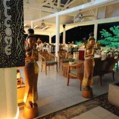 Отель Karon Cliff Bungalows гостиничный бар
